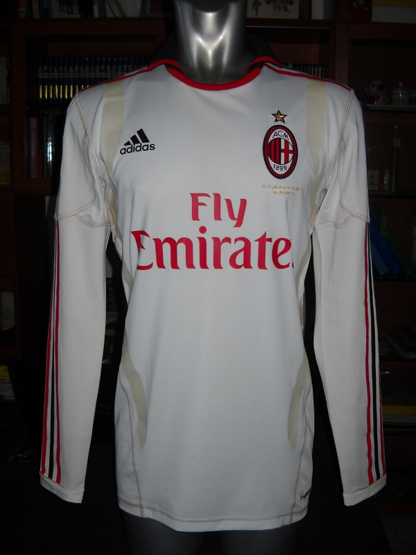AC MILAN MATCH WORN SHIRT 2010-2011